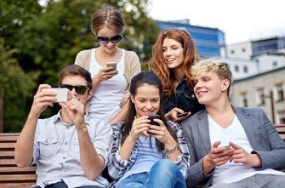 Smartphones vs Smartglasses